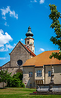 Deutschland, Bayern, Niederbayern, Naturpark Bayerischer Wald, Landkreis straubing-Bogen, Windberg: Praemonstratenser Klosteranlage mit Klosterkirche St. Maria von 1142 | Germany, Bavaria, Lower-Bavaria, Nature Park Bavarian Forest, Windberg: Praemonstratenser monastery with church St. Mary from 1142