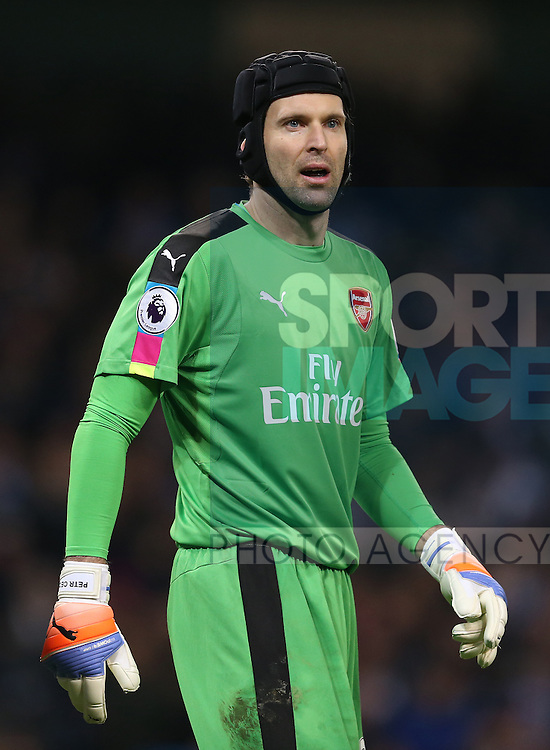 Petr Cech of Arsenal during the English Premier League match at the Etihad Stadium, Manchester. Picture date: December 18th, 2016. Picture credit should read: Simon Bellis/Sportimage