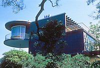 Erich Mendelsohn: House at 3778 Washington, San Francisco. Photo '78.