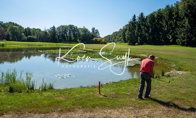 EINDHOVEN   - hole 17, waterhindernis  Golfbaan Welschap.   COPYRIGHT KOEN SUYK