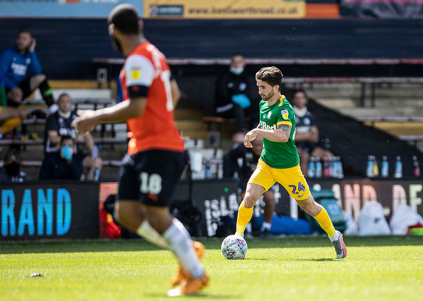 Preston North End's Sean Maguire (right) breaks<br /> <br /> Photographer Andrew Kearns/CameraSport<br /> <br /> The EFL Sky Bet Championship - Luton Town v Preston North End - Saturday 20th June 2020 - Kenilworth Road - Luton<br /> <br /> World Copyright © 2020 CameraSport. All rights reserved. 43 Linden Ave. Countesthorpe. Leicester. England. LE8 5PG - Tel: +44 (0) 116 277 4147 - admin@camerasport.com - www.camerasport.com