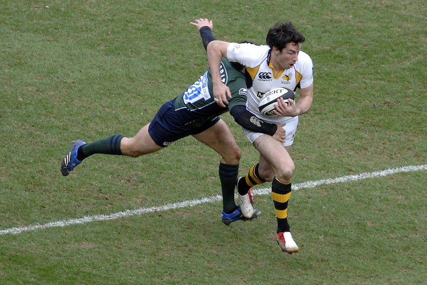Photo: Richard Lane..London Irish v London Wasps. Guinness Premiership. 18/03/2007..Wasps' Tom Voyce attacks.