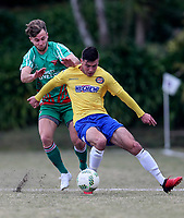 Action from the Chatham Cup Football Quarter Final match between Central United and Wairarapa United at Kiwitea Street in Auckland, New Zealand on Sunday, 6 August  2017. Photo: Simon Watts / www.lintottphoto.co.nz