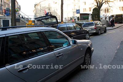 Genève, le 23.02.2009.Taxis a genève..© Le Courrier / J.-P. Di Silvestro