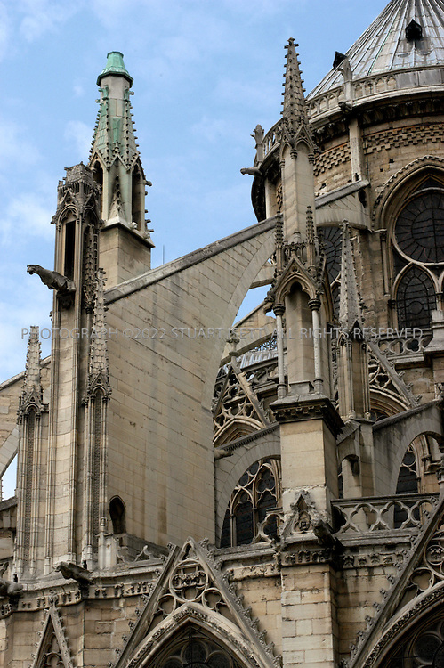 8/6/2004--Paris, France..Notre Dame?flying buttresses..Photograph by Stuart Isett