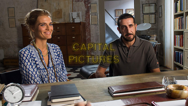 Vittoria Puccini, Marco Giallini<br /> in Tutta colpa di Freud (2014) <br /> *Filmstill - Editorial Use Only*<br /> CAP/NFS<br /> Image supplied by Capital Pictures