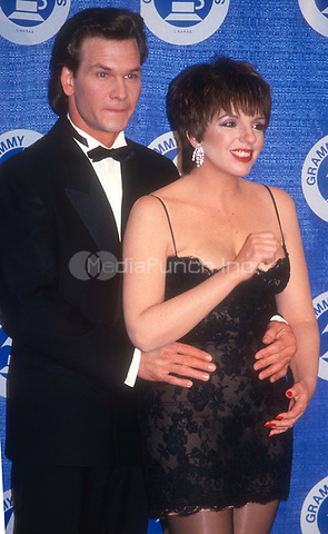 Patrick Swazye Liza Minelli 1988<br /> Photo by John Barrett/PHOTOlink.net / MediaPunch