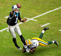 Carolina Panthers vs. The Green Bay Packers during their NFL game Sunday night November 8, 2016  at Bank of America Stadium in Charlotte, North Carolina.<br /> <br /> Charlotte Photographer: PatrickSchneiderPhoto.com