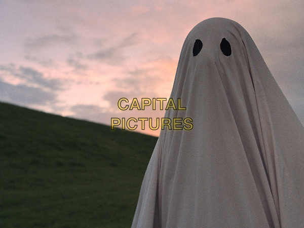 A Ghost Story (2017) <br /> A SCENE<br /> *Filmstill - Editorial Use Only*<br /> CAP/FB<br /> Image supplied by Capital Pictures