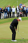 David Horsey (ENG) chips onto the 5th green during Day 3 of the BMW PGA Championship Championship at, Wentworth Club, Surrey, England, 28th May 2011. (Photo Eoin Clarke/Golffile 2011)