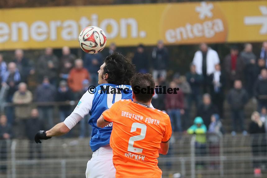 Dominik Stroh-Engel (SV 98) gegen Benedikt Röcker (Fürth) - SV Darmstadt 98 vs. SpVgg. Greuther Fuerth, Stadion am Boellenfalltor