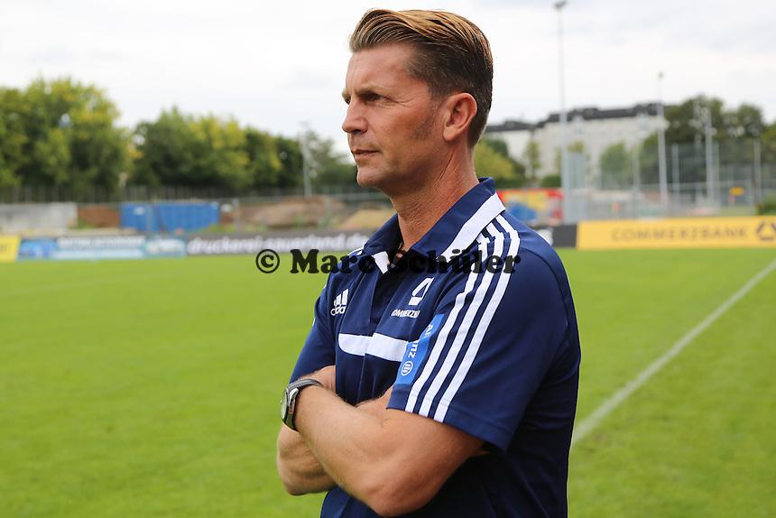 Trainer Colin Bell (FFC) - 1. FFC Frankfurt vs. SG Essen-Schönebeck