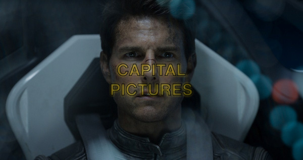 Tom Cruise<br /> in Oblivion (2013) <br /> *Filmstill - Editorial Use Only*<br /> CAP/NFS<br /> Image supplied by Capital Pictures