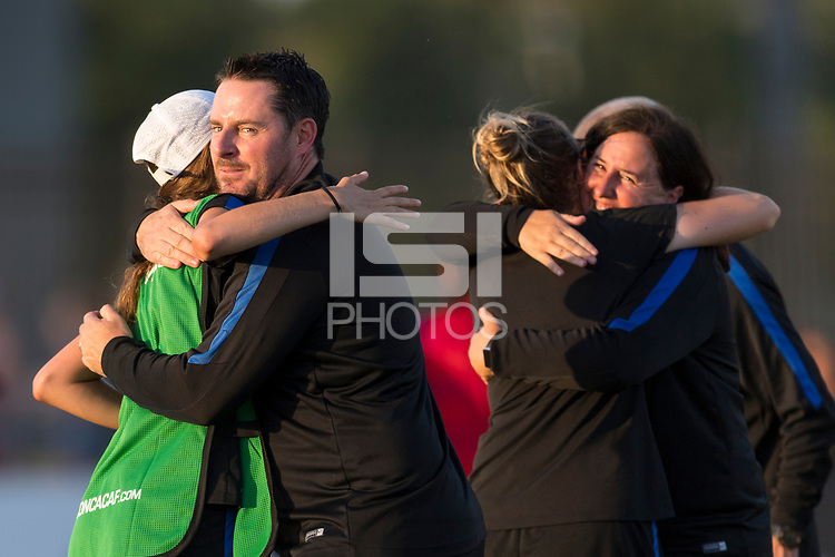 Bradenton, FL - Sunday, June 12, 2018: Mark Carr, USA staff, celebration during a U-17 Women's Championship Finals match between USA and Mexico at IMG Academy.  USA defeated Mexico 3-2 to win the championship.