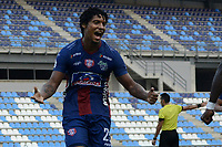 SANTA MARTA - COLOMBIA, 06-04-2019: Juan Carlos Pereira del Unión celebra después de anotar el cuarto gol de su equipo al Patriotas durante partido por la fecha 14 entre Unión Magdalena y Patriotas Boyacá como parte de la Liga Águila I 2019 jugado en el estadio Sierra Nevada de la ciudad de Santa Marta. / Juan Carlos Pereira of Union celebrates after scoring the fouth goal of his team to Patriotas during match for the date 14 between Union Magdalena and Patriotas Boyaca as a part Aguila League I 2019 played at Sierra Nevada stadium in Santa Marta city. Photo: VizzorImage / Gustavo Pacheco / Cont