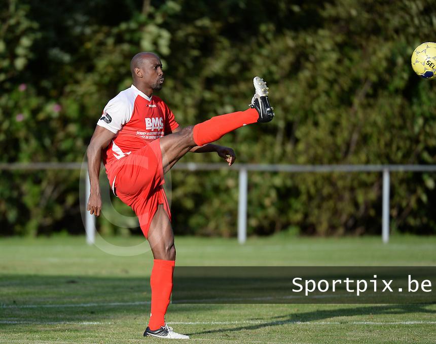 Zwevegem Sport : Aboubacar Fofana <br /> Foto VDB / Bart Vandenbroucke