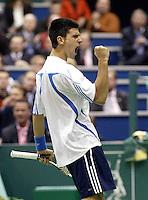 24-2-06, Netherlands, tennis, Rotterdam, ABNAMROWTT, Novak Djokovic in action against Radek Stepanek