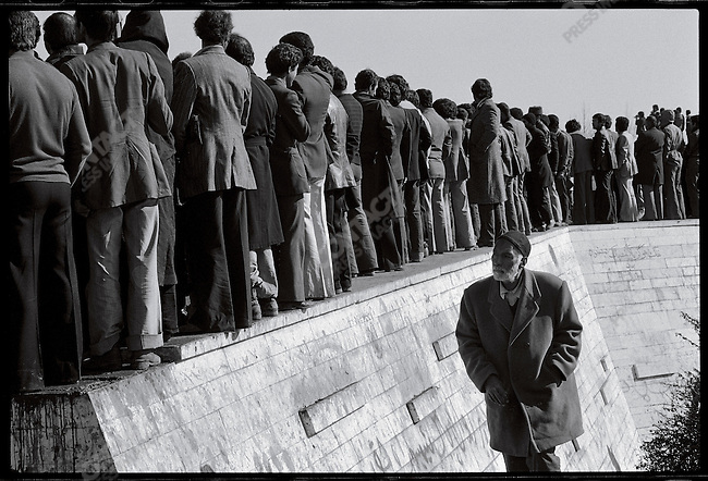 Crowds at Shahyad Monument await the Ayatollah Khomeini, whose return was delayed by the closing of the airport. Tehran, January 26, 1979