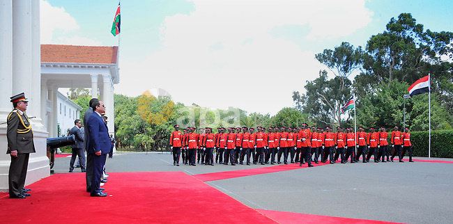 Egyptian President Abdel Fattah el-Sisi,and  Kenyan President Uhuru Kenyatta reviewing the honor guard during a welcoming ceremony at Government Palace in Nairobi, Kenya on February 18, 2017. Photo by Egyptian President Office
