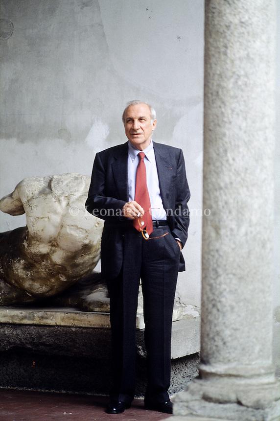 Alberto Cavalleri, italian writer and jornalist. Direttore del Corriere della Sera. Milan, april 1994. © Leonardo Cendamo
