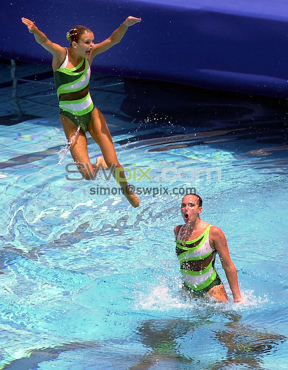 Pix: Matthew Lewis/SWpix.com. Synchronised Swimming. 10th Fina World Championships 2003, Barcelona. 14/07/2003...COPYRIGHT PICTURE>>SIMON WILKINSON>>01943 436649>>..The Italian's start thier routine in the Technical competition of the Synchronised swimming..