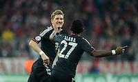 FUSSBALL   CHAMPIONS LEAGUE   SAISON 2012/2013   GRUPPENPHASE   FC Bayern Muenchen - LOSC Lille                          07.11.2012 Bastian Schweinsteiger und David Alaba (v. li., FC Bayern Muenchen)