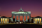 Europe, DEU, Germany, Berlin, Brandenburg Gate....[ For each utilisation of my images my General Terms and Conditions are mandatory. Usage only against use message and proof. Download of my General Terms and Conditions under http://www.image-box.com or ask for sending. A clearance before usage is necessary...Material is subject to royalties. Each utilisation of my images is subject to a fee in accordance to the present valid MFM-List...Contact | archive@image-box.com | www.image-box.com ]