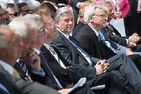 Berlin, Bürgermeister Klaus Wowereit (SPD, m.) beim Grundsteinlegung für das Humboldtforum am Mittwoch (11.06.13) am Schlossplatz in Berlin. Foto: Maja Hitij/CommonLens
