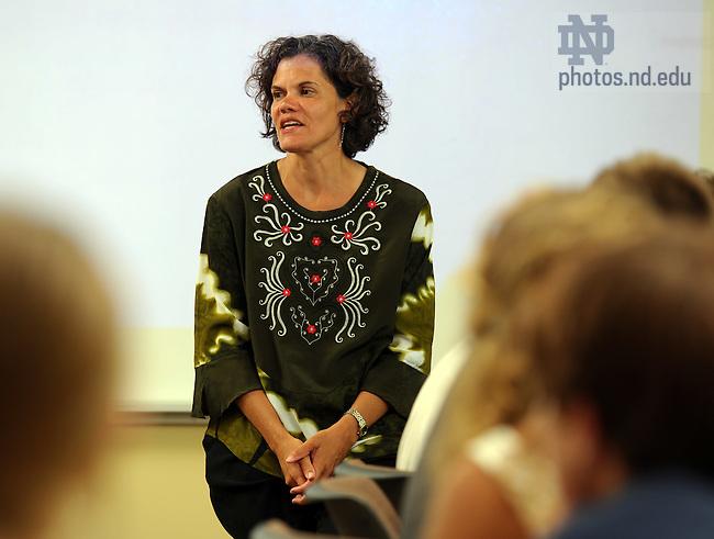Kroc Peace Institute professor Susan St. Ville teaches a seminar in the Global Issues summer program...Photo by Matt Cashore/University of Notre Dame