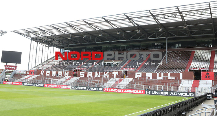 nph00001  17.05.2020 --- Fussball --- Saison 2019 2020 --- 2. Fussball - Bundesliga --- 26. Spieltag: FC Sankt Pauli - 1. FC Nürnberg ---  DFL regulations prohibit any use of photographs as image sequences and/or quasi-video - Only for editorial use ! --- <br /> <br /> Leeres Millerntor-Stadion - Leere Tribüne <br /> <br /> Foto: Daniel Marr/Zink/Pool//via Kokenge/nordphoto