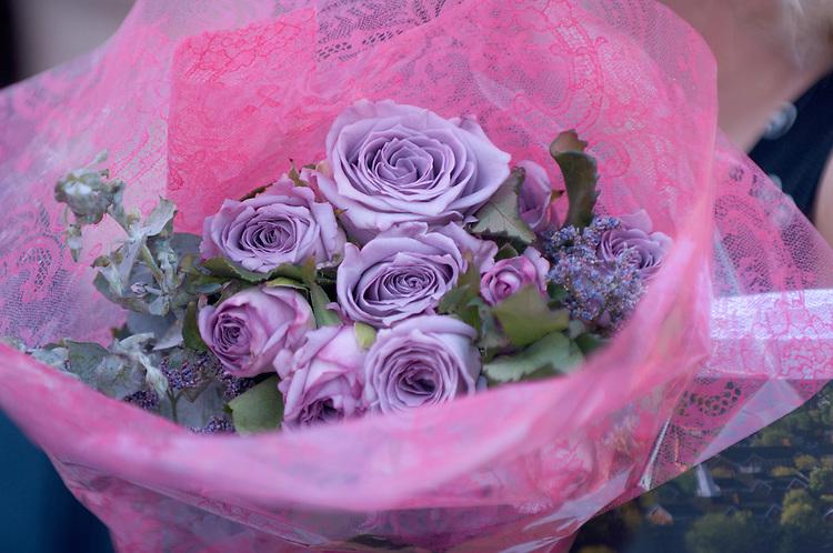 18276Undergraduate Commencement 2007..Roses