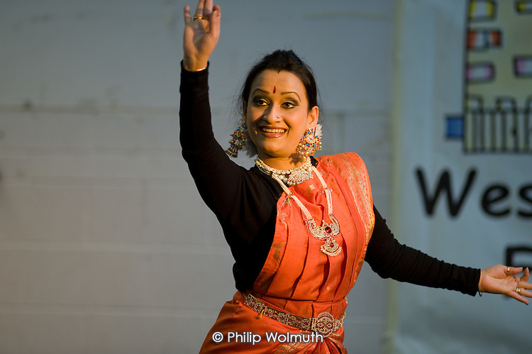 Bengali traditional dance, Westbourne Forum International Day, Stowe Centre, Harrow Road, North Paddington.