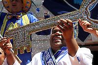 RIO DE JANEIRO,17 DE FEVEREIRO DE 2012- O prefeito Eduardo Paes entga a chave da cidade para corte real do carnaval - Rei Momo, rainha e princesas, oficializando o in&iacute;cio do carnaval no RJ.<br /> Local: Pal&aacute;cio da Cidade - Botafogo RJ<br /> Foto: Guto Maia / Brazil Photo Press