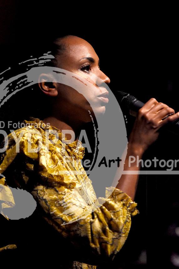 Y'Akoto bei einem Konzert ihrer 'Mermaid Blues'-Tour im Musikzentrum. Hannover, 12.10.2017