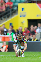 Nick Evans of Harlequins lines up a kick during the Aviva Premiership match between London Wasps and Harlequins at Twickenham on Saturday 1st September 2012 (Photo by Rob Munro).
