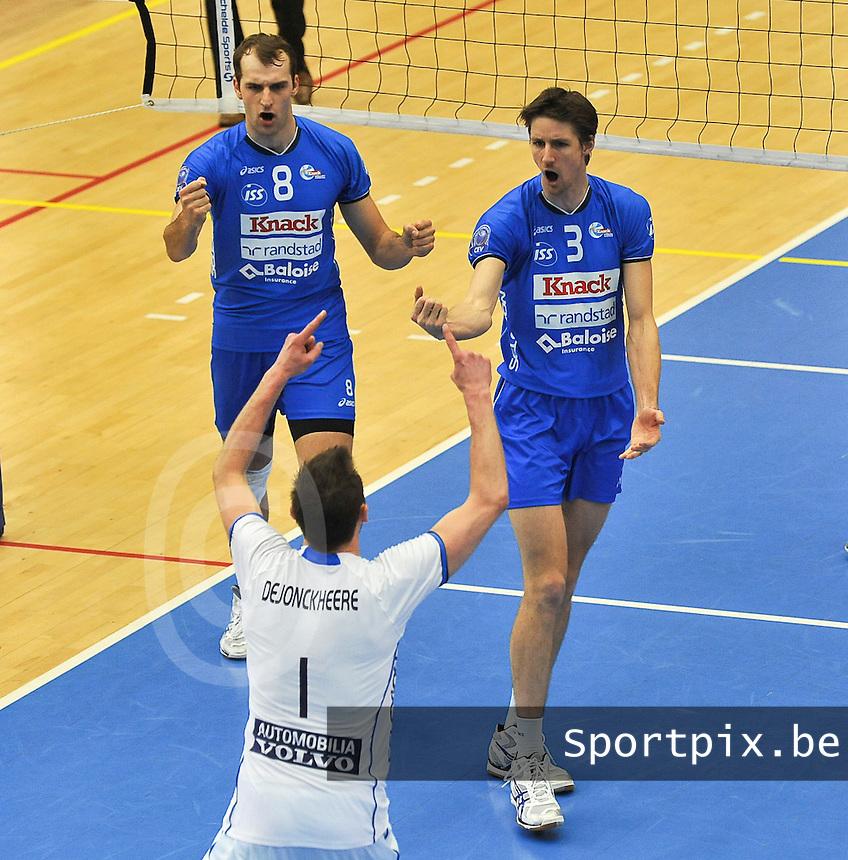 Knack Roeselare - Noliko Maaseik : vreugde bij Roeselare en Dirk Westphal met Joppe Paulides.foto VDB / BART VANDENBROUCKE