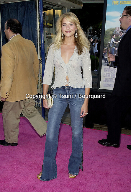 Marissa Dyan arriving at the premiere of Legally Blonde  at the Westwood Village Theatre in Los Angeles. June 26, 2001  © TsuniDyanMarissa01.JPG