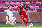 S&ouml;dert&auml;lje 2015-08-01 Fotboll Superettan Assyriska FF - &Ouml;stersunds FK :  <br /> &Ouml;stersunds Michael Omoh i kamp om bollen med Assyriskas Isa Demir under matchen mellan Assyriska FF och &Ouml;stersunds FK <br /> (Foto: Kenta J&ouml;nsson) Nyckelord:  Assyriska AFF S&ouml;dert&auml;lje Fotbollsarena Superettan &Ouml;stersund &Ouml;FK