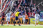V&auml;llingby 2014-03-30 Fotboll Allsvenskan IF Brommapojkarna - Kalmar FF :  <br />  Kalmars M&aring;ns S&ouml;derqvist har gjort 2-0 och jublar med Kalmars supportrar<br /> (Foto: Kenta J&ouml;nsson) Nyckelord:  BP Brommapojkarna Grimsta Kalmar KFF jubel gl&auml;dje lycka glad happy