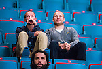 ***BETALBILD***  <br /> Stockholm 2015-09-04 Ishockey CHL Djurg&aring;rdens IF - EV Zug :  <br /> Djurg&aring;rdens Patrick Thoresen p&aring; l&auml;ktaren bredvid Nils Ekman under matchen mellan Djurg&aring;rdens IF och EV Zug <br /> (Foto: Kenta J&ouml;nsson) Nyckelord:  Ishockey Hockey CHL Hovet Johanneshovs Isstadion Djurg&aring;rden DIF Zug portr&auml;tt portrait skada skadan ont sm&auml;rta injury pain