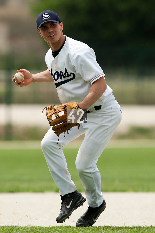 21 May 2009: Yann Dal Zotto of Savigny throws a ball during the 2009 challenge de France, a tournament with the best French baseball teams - all eight elite league clubs - to determine a spot in the European Cup next year, at Montpellier, France.
