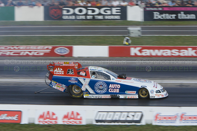 ENGLISHTOWN, NJ - JUNE 16: Robert Hight during Funny Car Qualifying at the K&N Filters NHRA Supernationals at Old Bridge Township Raceway Park, Englishtown, New Jersey on June 16, 2006.