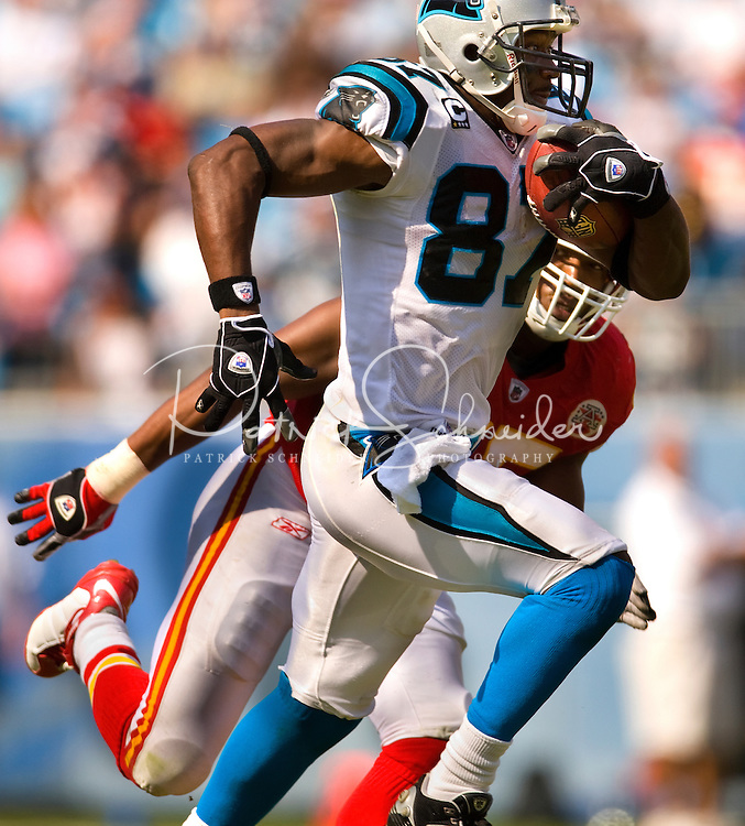 Carolina Panthers wide receiver Muhsin Muhammad (87) runs after a reception against Kansas City Chiefs during a NFL football game at Bank of America Stadium in Charlotte, NC.