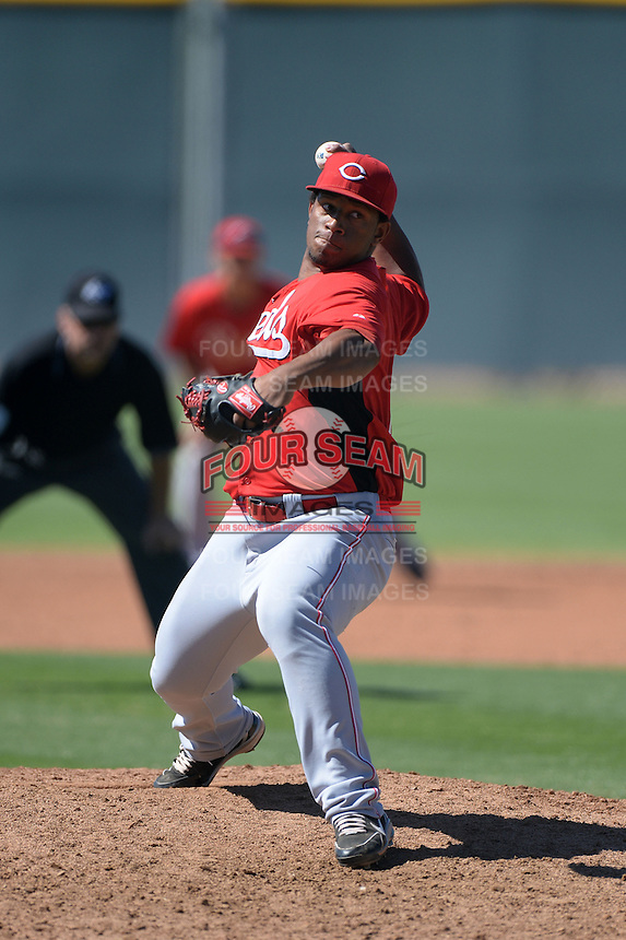 Cincinnati Reds pitcher Pedro Diaz (75) during an Instructional League game against the Arizona Diamondbacks on October 5, 2013 at Salt River Fields at Talking Stick in Scottsdale, Arizona.  (Mike Janes/Four Seam Images)
