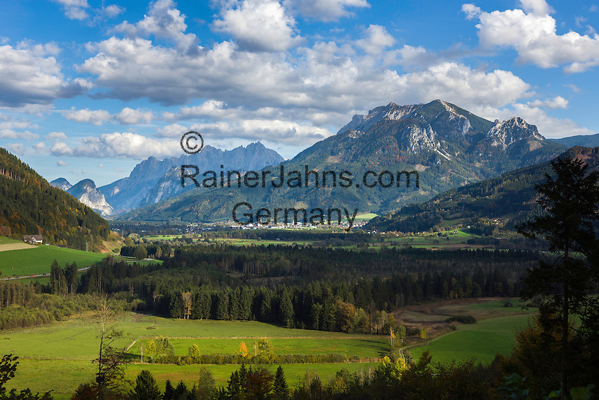 Austria, Styria, Admont: in Enns Valley with Ennstal Alps and Gesaeuse mountains | Oesterreich, Steiermark, Admont: im Ennstal mit den Ennstaler Alpen und dem Gesaeuse