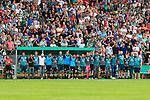 11.08.2019, Stadion Lohmühle, Luebeck, GER, DFB-Pokal, 1. Runde VFB Lübeck vs 1.FC St. Pauli<br /> <br /> DFB REGULATIONS PROHIBIT ANY USE OF PHOTOGRAPHS AS IMAGE SEQUENCES AND/OR QUASI-VIDEO.<br /> <br /> im Bild / picture shows<br /> Die Mannschaft des FC St. Pauli wartet gemeinsam beim Elfmeterschiessen.<br /> <br /> Foto © nordphoto / Tauchnitz