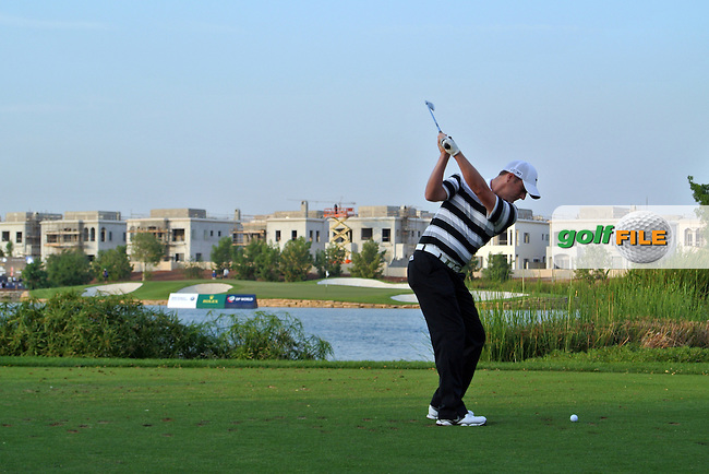 Marc Warren (SCO) on the 17th during Round 3 of the DP World Tour Championship, Jumeirah Golf Estates, Dubai, United Arab Emirates. 24/11/12...(Photo Jenny Matthews/www.golffile.ie)