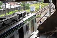 Recife (PE), 18/02/2020 - Acidente-Recife - Peritos fazem vistoria nos vagoes apos dois trens da Linha Centro do Metro do Recife colidirem no comeco da manha desta terca-feira (18), na Estacao Ipiranga, de acordo com a Companhia Brasileira de Trens Urbanos (CBTU). As 6h50, o Corpo de Bombeiros informou que ja havia socorrido cerca de 30 pessoas com ferimentos, todos sem gravidade. Devido ao acidente, toda a Linha Centro foi paralisada. (Foto: Bruno Lafaiete/Codigo 19/Codigo 19)
