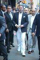 NEW YORK, EUA, 14.06.2018 - CELEBRIDADE-EUA - O ator norte-americano John Travolta é visto na região da Times Square entrando em um estudo de televisão nesta quarta-feira, 14. (Foto: Vanessa Carvalho/Brazil Photo Press)