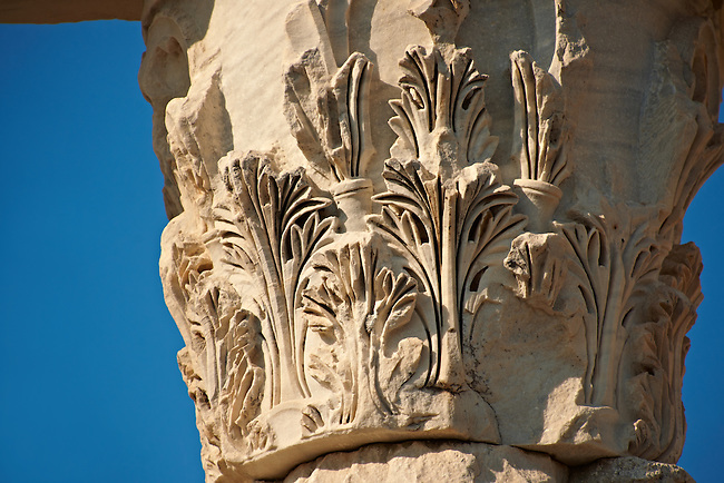 Corinthian capital from the Roman Temple of Trajan, started by Trajan but after his death Emperor Hadrian (117-138) . Pergamon (Bergama) Archaeological Site, Turkey